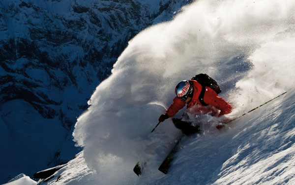 10 Features Every Ski Jacket Needs | Welove2ski